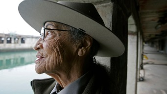 "Oldest U.S. Park Ranger ""Delighted"" Furlough Over"
