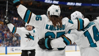 What Erik Karlsson Re-signing Could Mean for Sharks' Defense Next Season