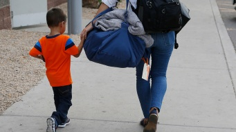 Nearly Half of Youngest Kids Not Rejoining Families: US