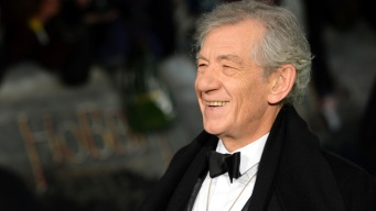 """Ian McKellen Compares """"The Hobbit"""" and """"The Lord of the Rings"""""""