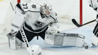 After Losing Quick, LA Kings Place Backup Goalie on IR