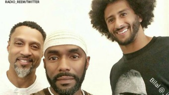 49ers' Kaepernick Meets With Anthem Protester Abdul-Rauf