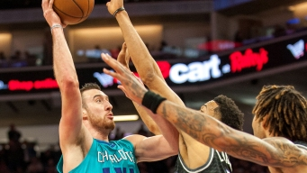 Instant Replay: Flat Kings Routed by Kaminsky, Hornets