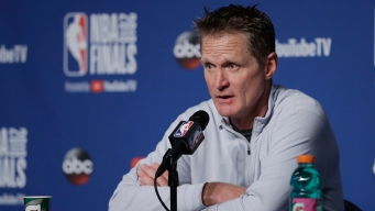 Warriors Coach Steve Kerr Receives Contract Extension