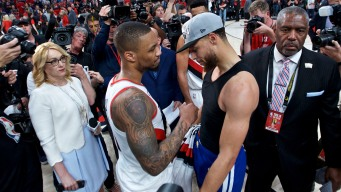Warriors' Steph Curry Second-best Leader to Damian Lillard, NBA GMs Say