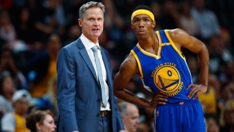 Kerr Sees Shades of Iguodala, Livingston in Rookie McCaw