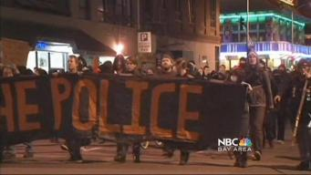 Police and Protesters Clash in Oakland