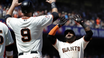 Sandoval Drives in 5, Giants Erupt for 13 Runs to Beat Cards