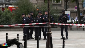 3 Police, 1 Assistant Dead After Knife Attack in Paris