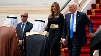 Melania Ignores Trump Criticism and Shuns Headscarf