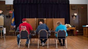 GOP Wins Key Senate Races, Keeps Control of House