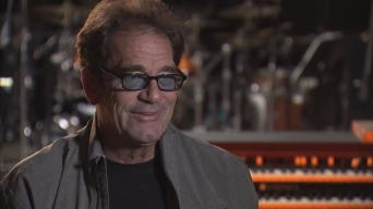 Huey Lewis on Losing His Passport in Morocco