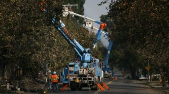 PG&E Plans 24-Hour Wildfire Response Center in San Francisco