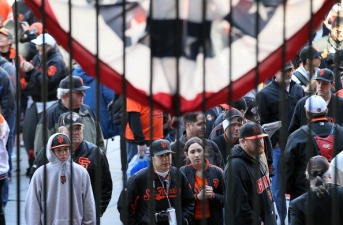 Pay Back Giants Style Rakes in Thousands
