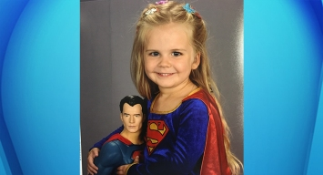 Supergirl's Adorable School Photo Goes Viral