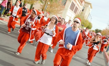 Sin City Santas: Thousands of Kringles Ready to Run