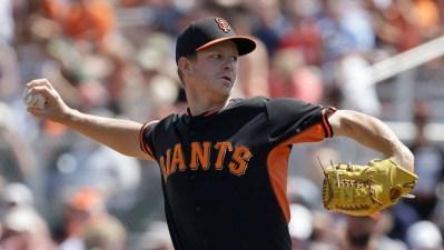 Cain Goes 4 Innings in Giants Win Over LA Dodgers