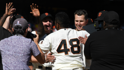Giants End 2017 Season With Sandoval Walk-Off Homer