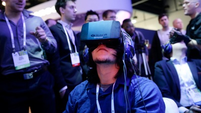 Facebook in Talks With Hollywood on Oculus Rift Experiences