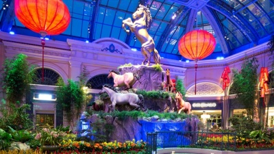 Vegas Beauty: A Flowery Chinese New Year
