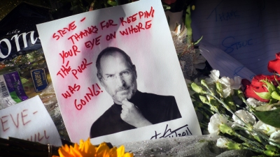 Apple Posts Steve Jobs Memorial Video