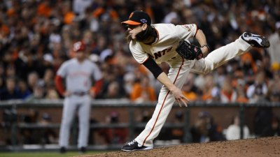 Vogelsong, Not Lincecum, Starts Game 3