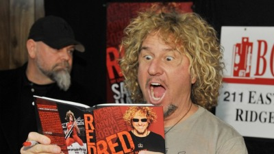 Sammy Hagar's National Anthem at Ring Ceremony Was ... Interesting