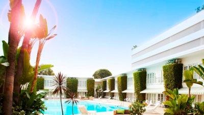 End-of-Summer Treat: Pool Time at the Beverly Hilton
