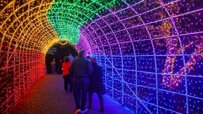 Sweet: Sea Otter Inn's Cambria Christmas Market Deal