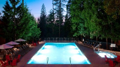 Evergreen Lodge's Cool Pool