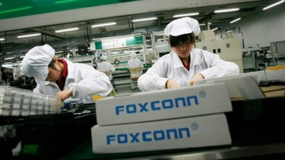 Foxconn: Hiring Freeze Not Because of Less iPhone Demand
