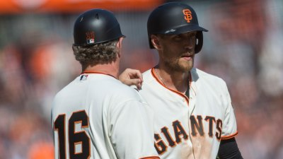 Giants Place Hunter Pence on Disabled List