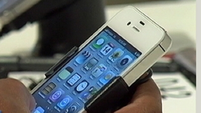 Wireless Providers Fight Cell Phone Theft
