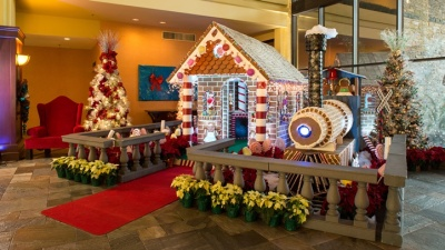 Visit the North Pole in Palm Desert