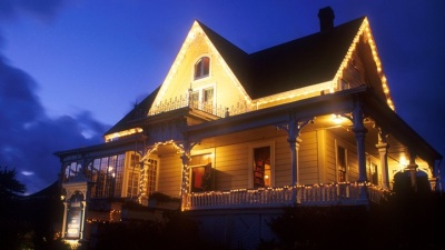 Holiday Tour: Candlelight, Historic Inns, and Mendocino County