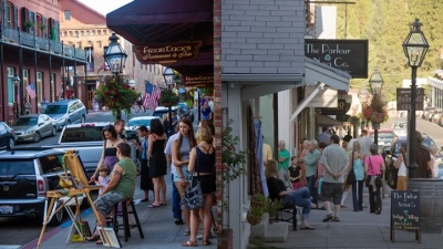 Nevada City: First Friday Artwalks Open