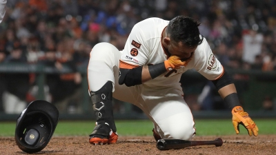 Giants Blow 5-0 Lead, Fall to 3-8 After Loss to Padres