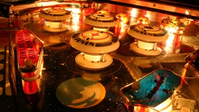 Alameda Eeks: Pinball-Cool Halloween High Jinks