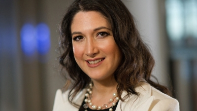 Randi Zuckerberg Plans Facebook Memoir