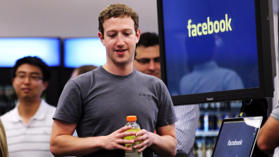 Zuckerberg Drums Up Business in India