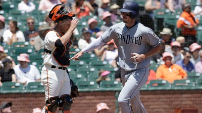 Blach Knocked Around as Giants Drop Three of Four to Padres