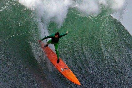 Santa Cruz's Nic Lamb Wins Mavericks Surf Contest