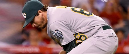 Instant Replay: A's Lose to Angels on Late Defensive Blunder