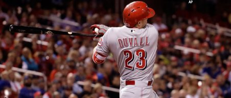 Wild Card Watch: Former Giant Duvall Leads Reds Past Cards