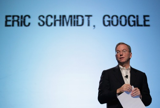 Battle of the CEOs: Schmidt 1, Jobs 0