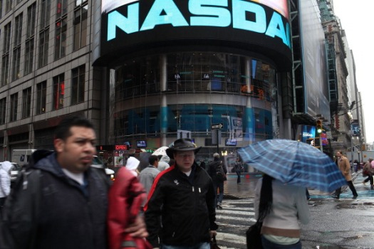 Nasdaq 'Corrects' Apple's Influence