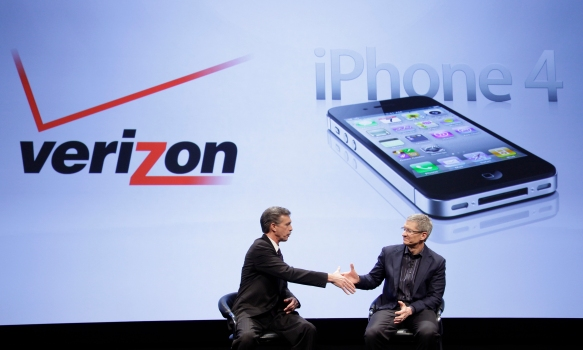 Verizon's iPhone Becomes a Reality Tonight