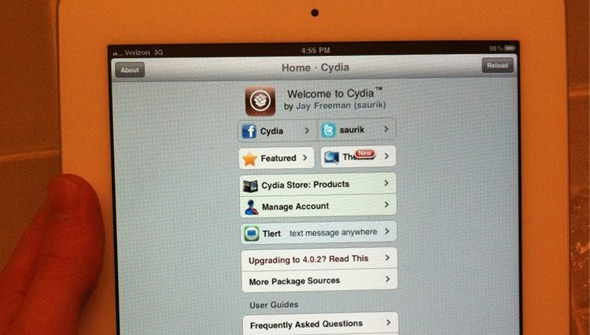 iPad 2 Jailbroken Already