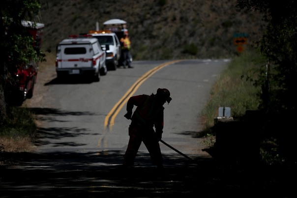 PG&E Discusses Possible Fire Liability With Shareholders