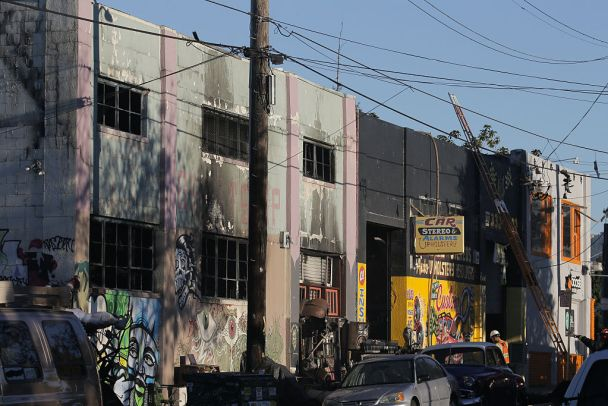 Oakland Warehouse 'Looks Very Bad,' Stairwell Unsafe
